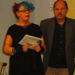 Kuratoren Gabriele und Raymund Stolze bei der Vernissage