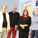 Bei der Eröffnungsrede v.l.n.r. Raymund Stolze, Klaus Stuttmann, Dr. Gabriele Stolze und Angela Schnabel © Ralf Elbrandt